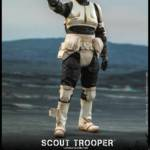 Hot Toys Scout Trooper 001