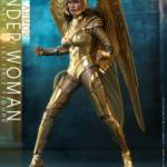 Hot Toys Wonder Woman 84 Golden Armor 002
