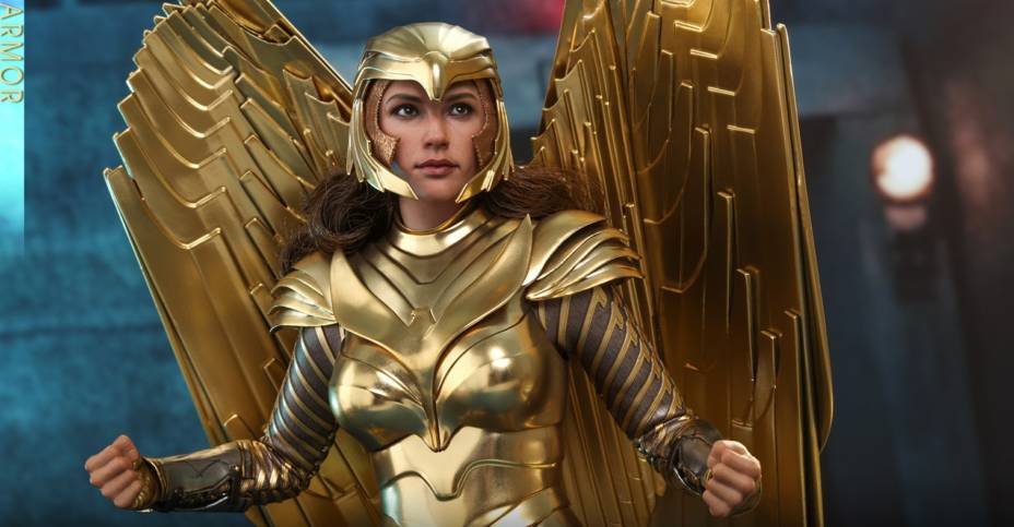 Hot Toys Wonder Woman 84 Golden Armor 004