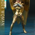 Hot Toys Wonder Woman 84 Golden Armor 010