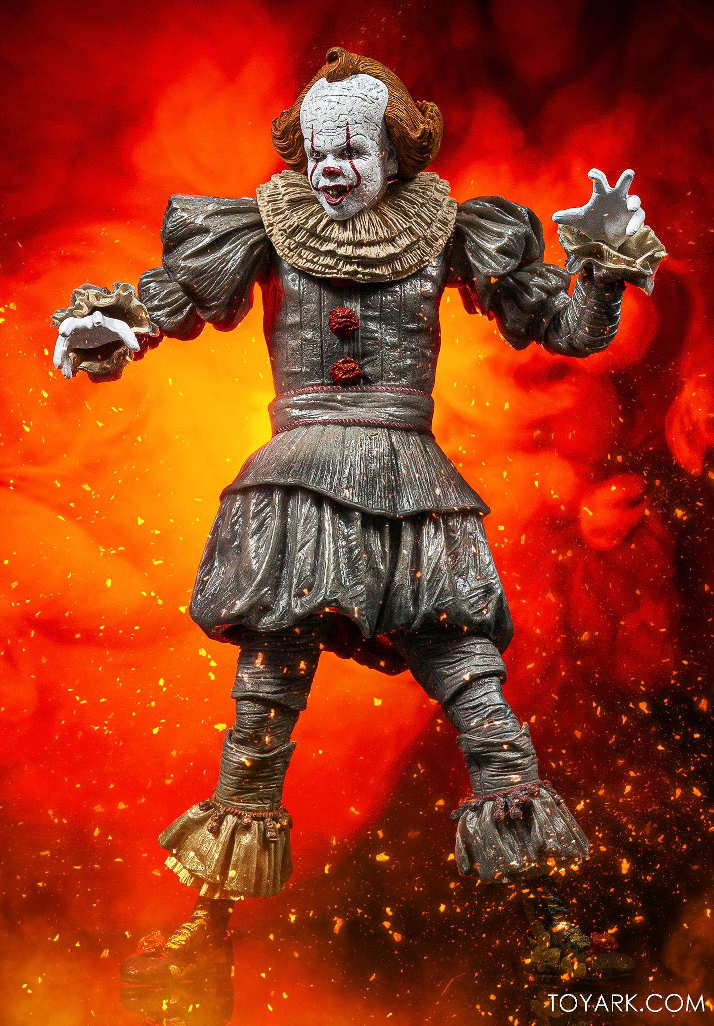 https://news.toyark.com/wp-content/uploads/sites/4/2020/06/NECA-IT-2-Ultimate-Pennywise-040.jpg