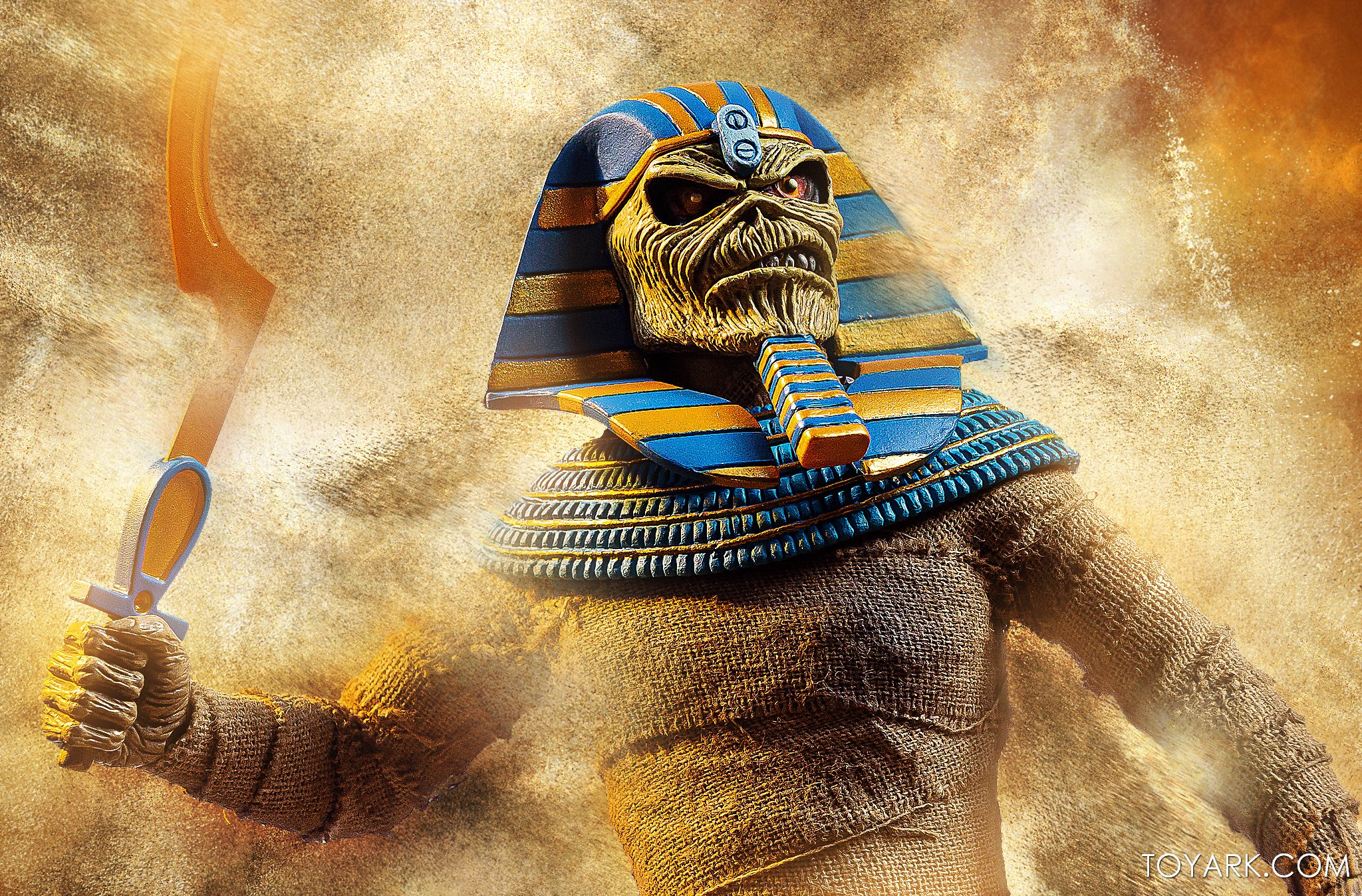 https://news.toyark.com/wp-content/uploads/sites/4/2020/06/NECA-Iron-Maiden-Powerslave-Eddie-016.jpg