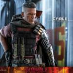 Hot Toys Deadpool 2 Cable 017