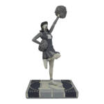 Icon Heroes SDCC 2020 Vampironica BW Statue 002