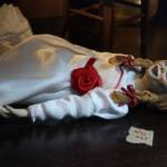 NECA Annabelle Clothed Figure 013