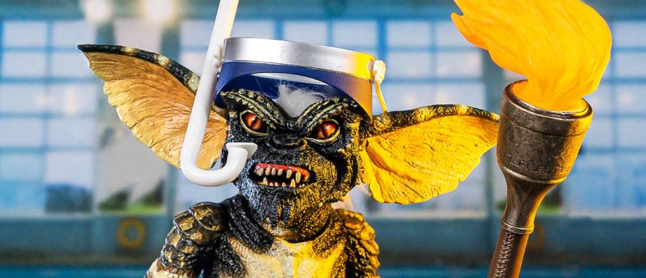 NECA San Diego Comic-Con 2020 Exclusive - Summer Games Gremlin Figure - Toyark Advanced Photo Shoot