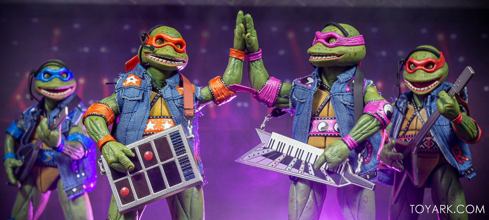 https://news.toyark.com/wp-content/uploads/sites/4/2020/07/SDCC-2020-TMNT-Musical-Mutagen-Tour-074.jpg