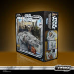 STAR WARS THE VINTAGE COLLECTION GALAXY'S EDGE MILLENNIUM FALCON SMUGGLER'S RUN Vehicle pckging 4