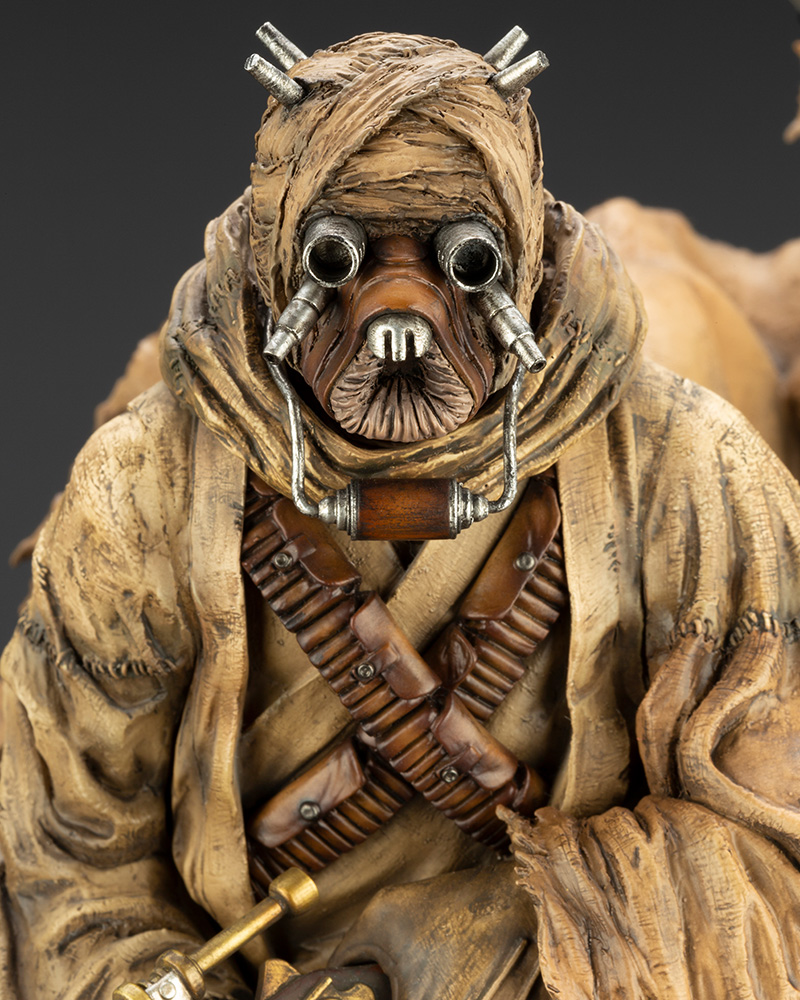 Star Wars: A New Hope – ARTFX Artist Series Tusken Raider Barbaric Desert Tribe Statue Koto-Artist-Series-Tusken-Raider-009