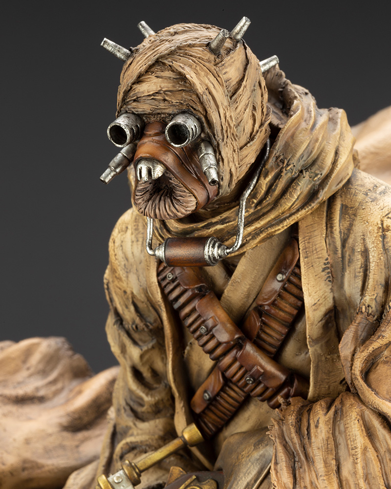 Star Wars: A New Hope – ARTFX Artist Series Tusken Raider Barbaric Desert Tribe Statue Koto-Artist-Series-Tusken-Raider-010
