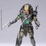 AVP FINAL BATTLE DAMAGE SCAR PREDATOR PX FIGURE 004