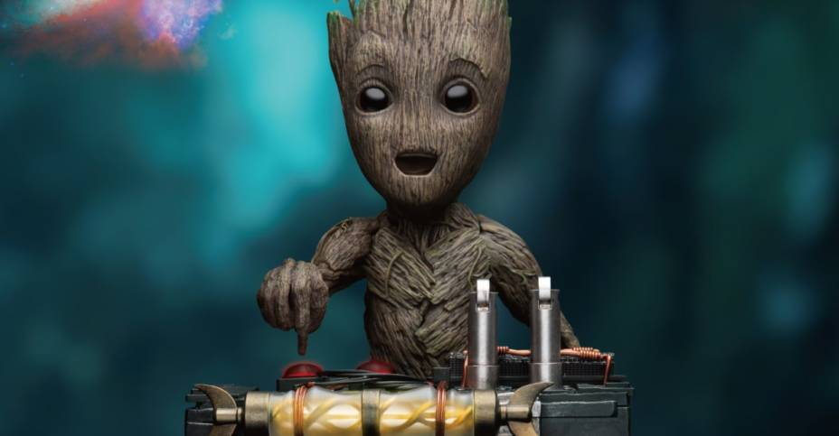 BK Life Size Groot Statue 001