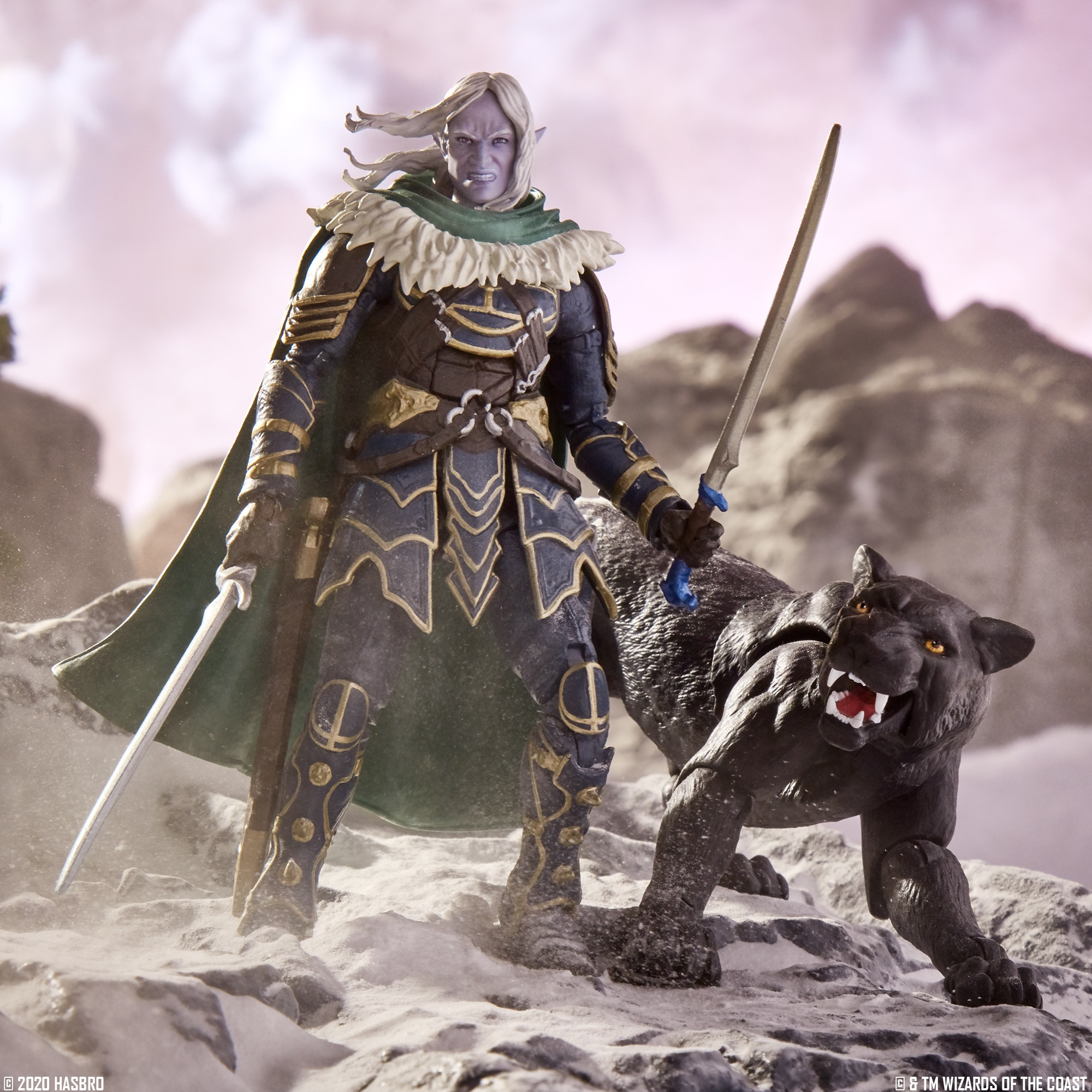 Dungeons and Dragons Drizzt and Guenhwyvar Figures 001