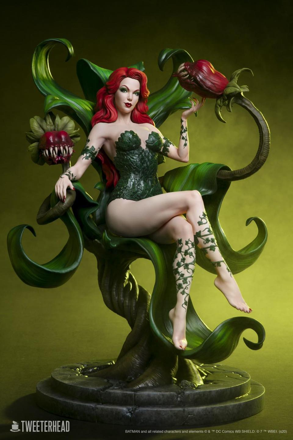 Tweeterhead Poison Ivy Preview 1