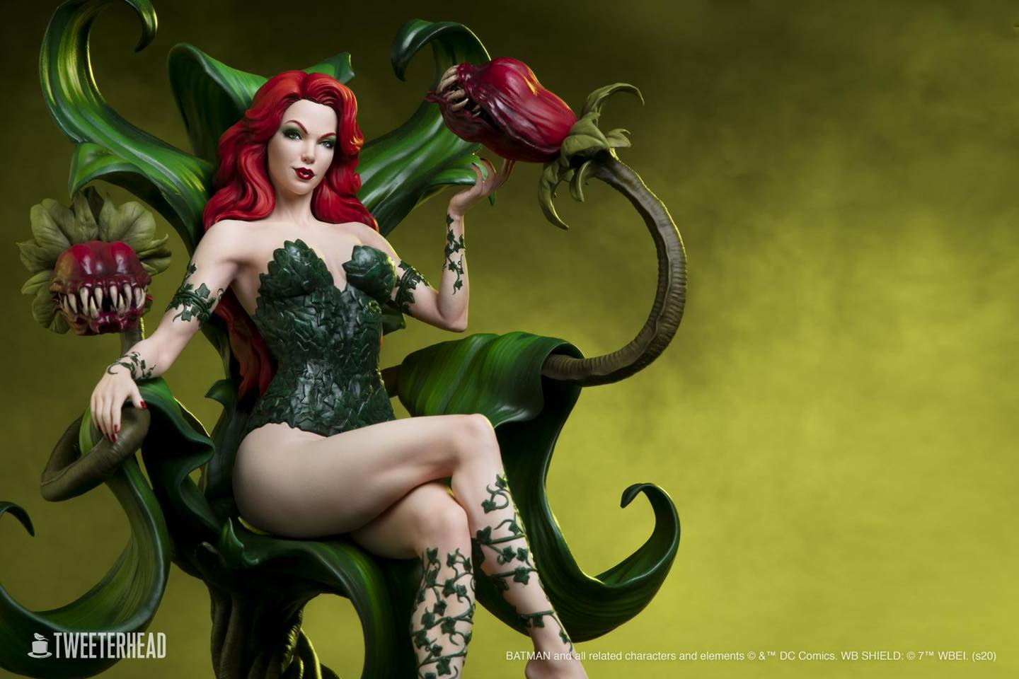 Tweeterhead Poison Ivy Preview 2