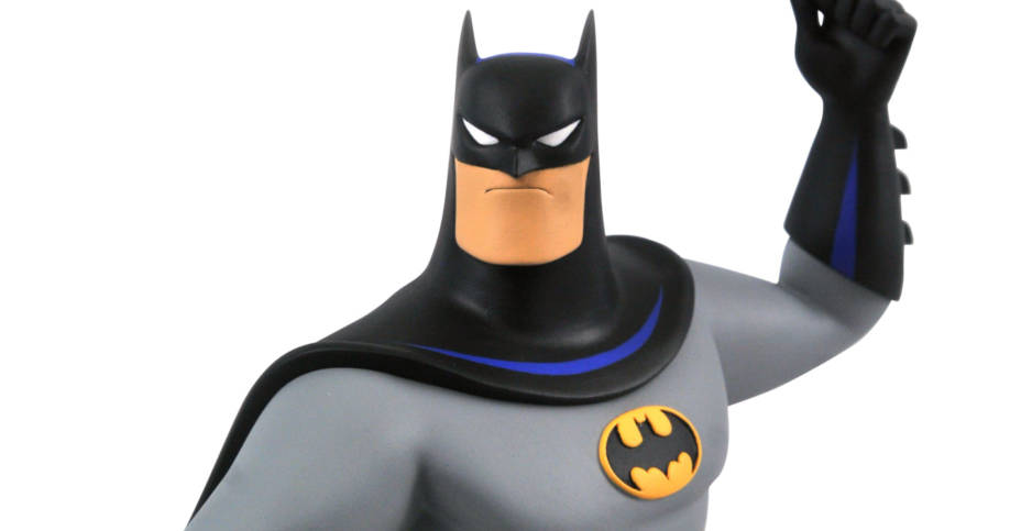 DST Batman with Batarang Bust 001