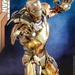 Hot Toys Iron Man XXI Midas Armor 009