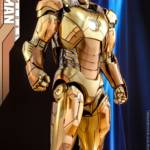 Hot Toys Iron Man XXI Midas Armor 010