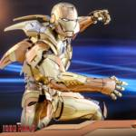 Hot Toys Iron Man XXI Midas Armor 011