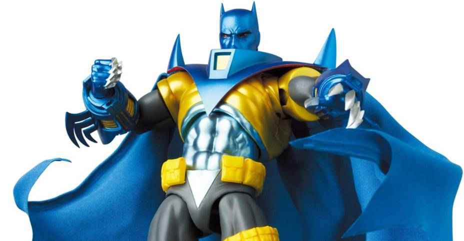 MAFEX Batman Knightfall Figure 011