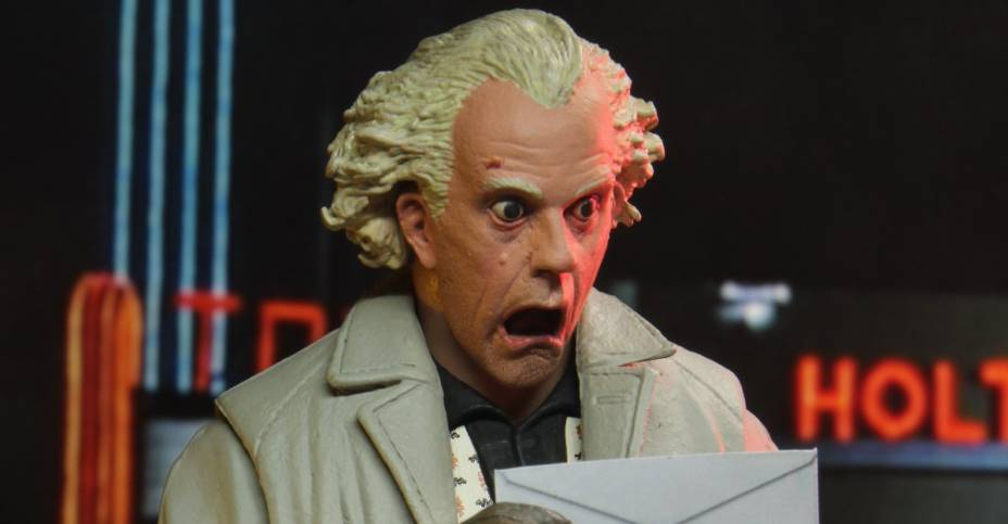 NECA Doc Brown 004