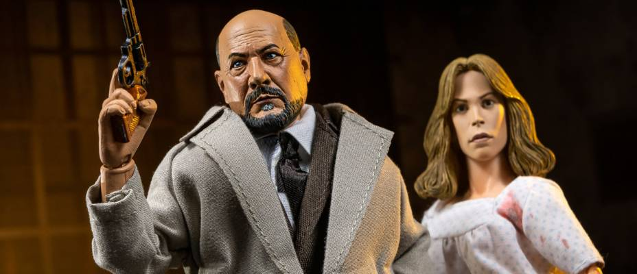 Halloween II - Laurie Strode and Dr. Loomis 2-Pack by NECA Toys - Toyark Photo Shoot