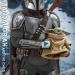 Hot Toys Mandalorian and The Child Quarter Scale Set 013