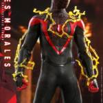 Hot Toys Spider Man Miles Morales 007