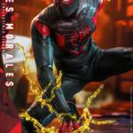 Hot Toys Spider Man Miles Morales 008
