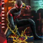 Hot Toys Spider Man Miles Morales 014