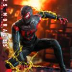 Hot Toys Spider Man Miles Morales 016
