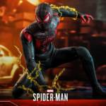 Hot Toys Spider Man Miles Morales 021