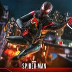 Hot Toys Spider Man Miles Morales 023