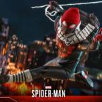 Hot Toys Spider Man Miles Morales 025