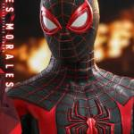 Hot Toys Spider Man Miles Morales 026