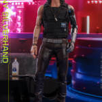 Hot Toys Johnny Silverhand 013