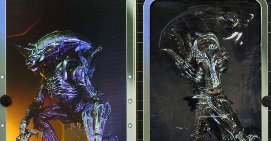 NECA Kenner Rhino Alien Packaging 005