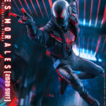 Miles Morales Spider Man 2020 Suit Hot Toys 008