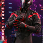 Miles Morales Spider Man 2020 Suit Hot Toys 012