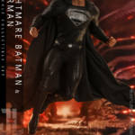 Hot Toys Knightmare Batman and Superman Set 027