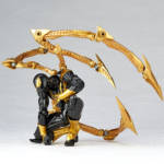 Iron Spider Black and Gold Revoltech 005
