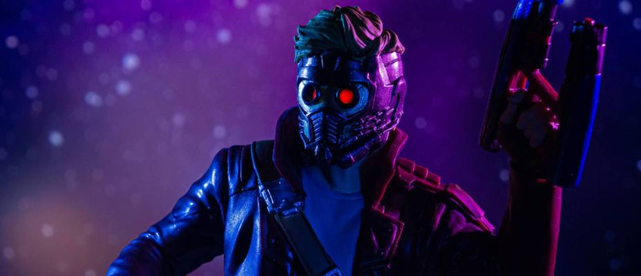 Exclusive Reveal - Loot Crate Guardians of the Galaxy Star-Lord Bust