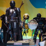 Star Wars Hot Toys The Mandalorian and the Child Deluxe Collectible Set 1