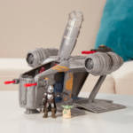 STAR WARS MISSION FLEET RAZOR CREST OUTER RIM RUN Figure and Vehicle 2 Pack lifestyle 1