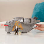 STAR WARS MISSION FLEET RAZOR CREST OUTER RIM RUN Figure and Vehicle 2 Pack lifestyle 2