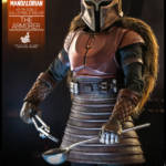 Hot Toys The Armorer 003