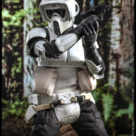 Hot Toys Scout Trooper 004