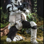 Hot Toys Scout Trooper 009