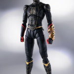 SH Figuarts No Way Home Spider Man Black and Gold Suit 001