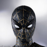 SH Figuarts No Way Home Spider Man Black and Gold Suit 009